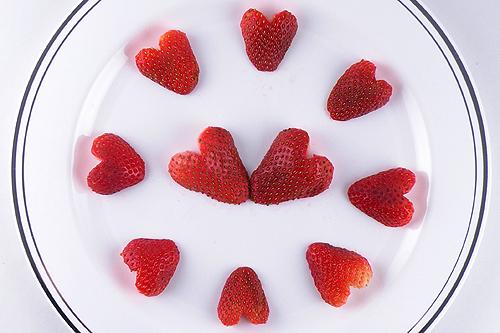 Strawberry Hearts Gina Tepper
