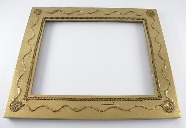 Gold-Frame