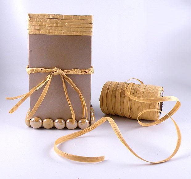 beads-and-raffia