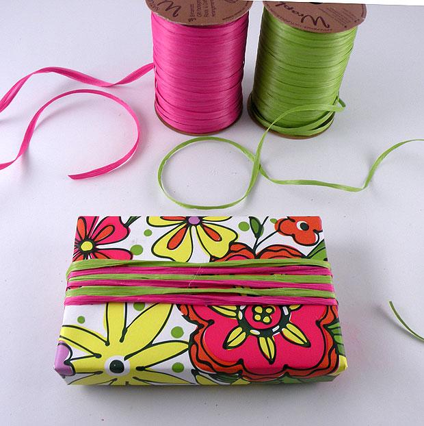 gift-box-ribbon