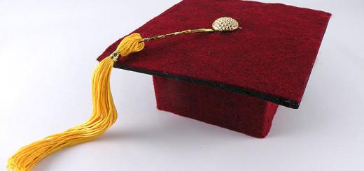 graduation-cap-gift-wrap