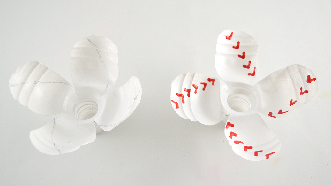 DIY Baseball Flowers
