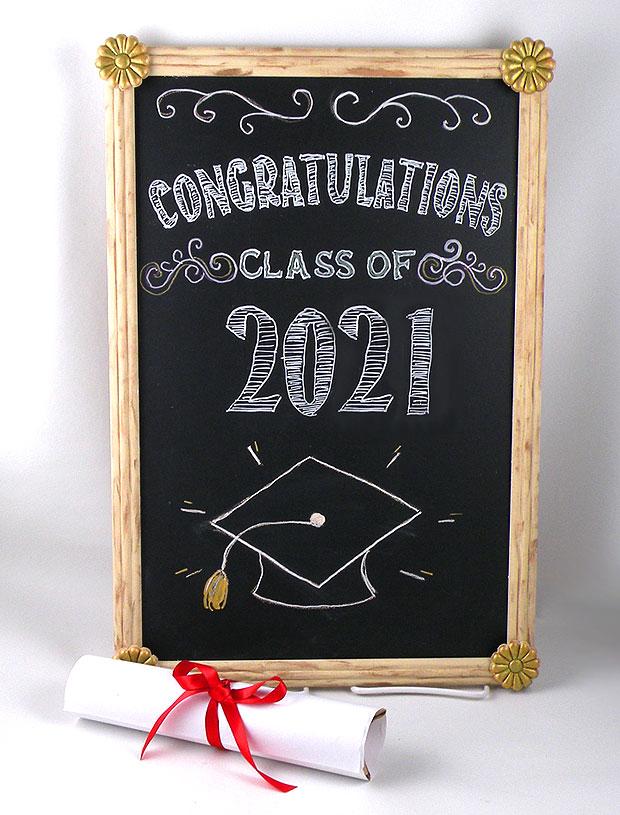 graduation chalkboard ideas